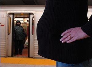 060218_pregnant_subway_300.jpg