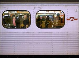 060128_ttc_subway_300.jpg