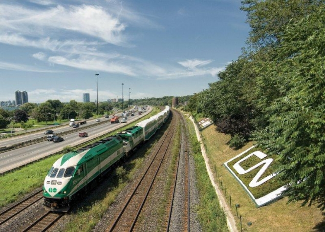 go train on lakeshore west line.jpg
