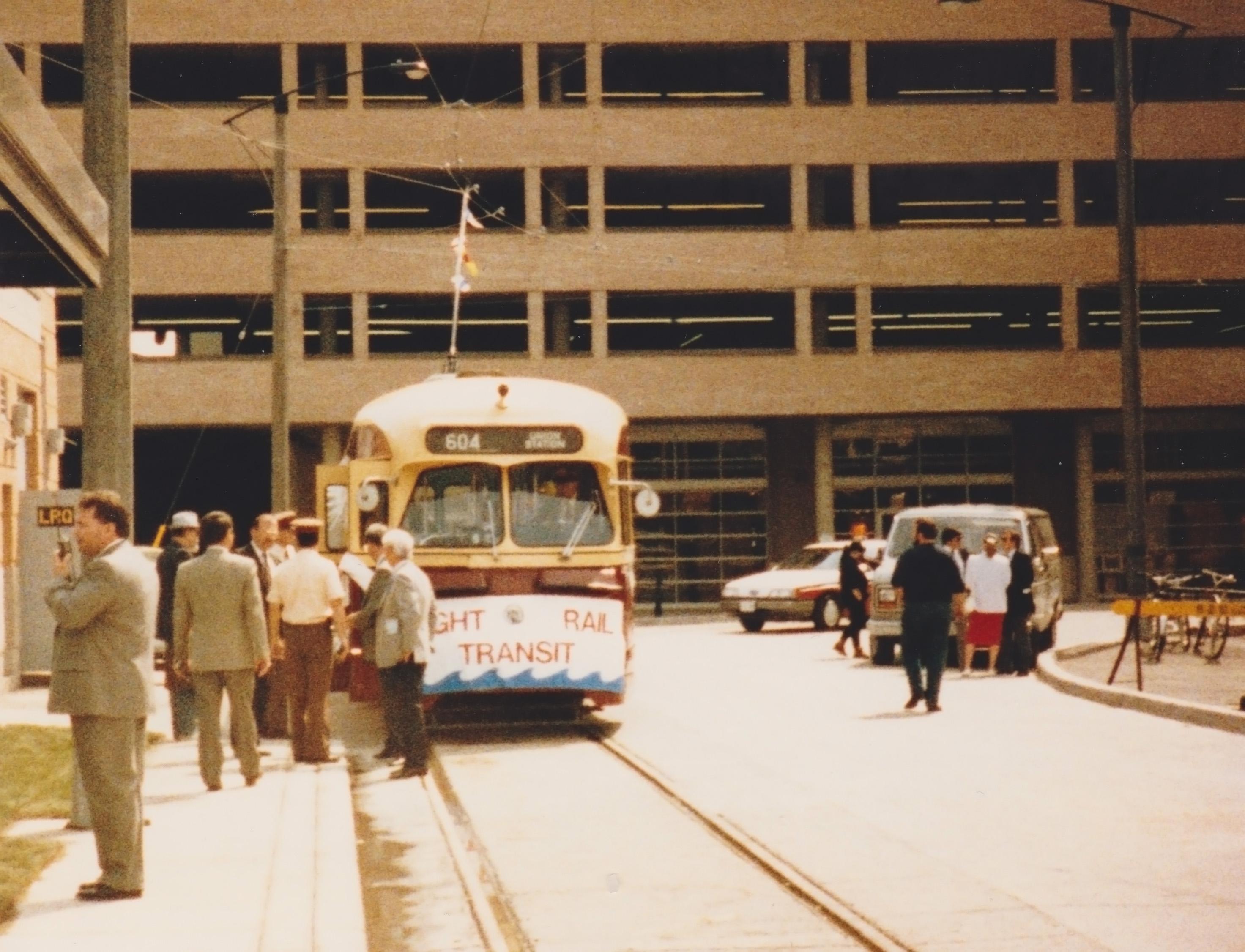 streetcar-4001-03.jpg