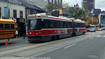 ttc-4212-queen-simcoe-20141018.jpg