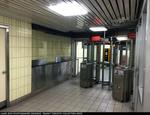 ttc-yonge-station-west-ent-20150610.jpg
