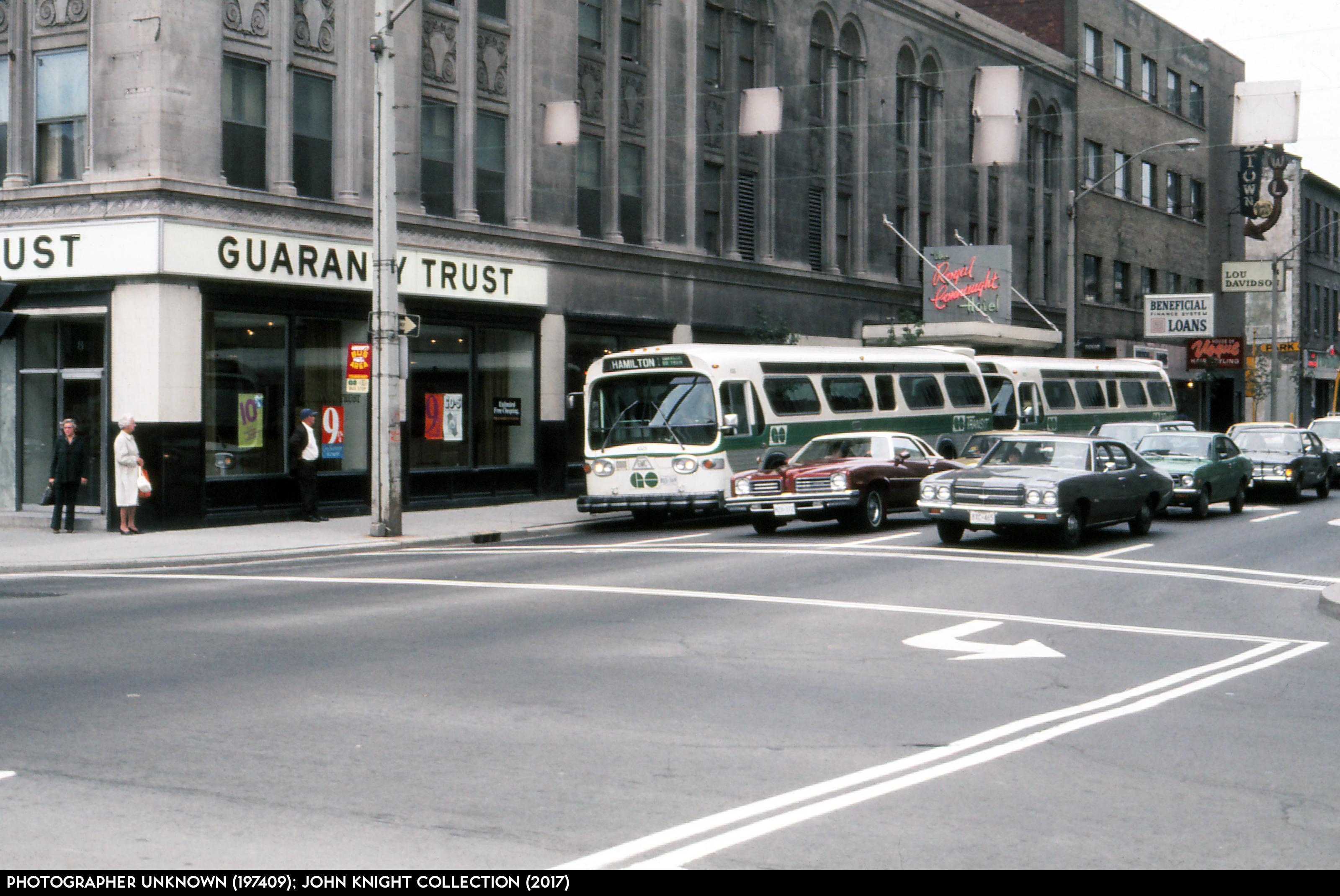 GO Bus 1025 197409