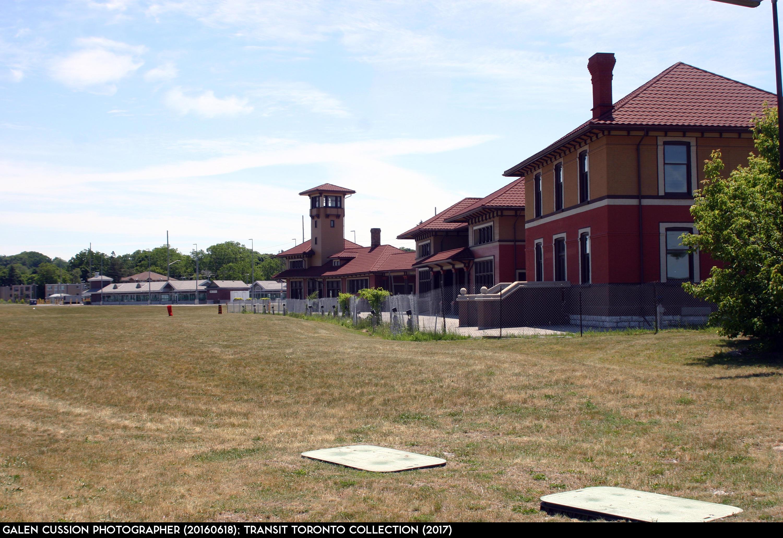 Barrie GO Train - 11 Allandale Waterfront 20160618