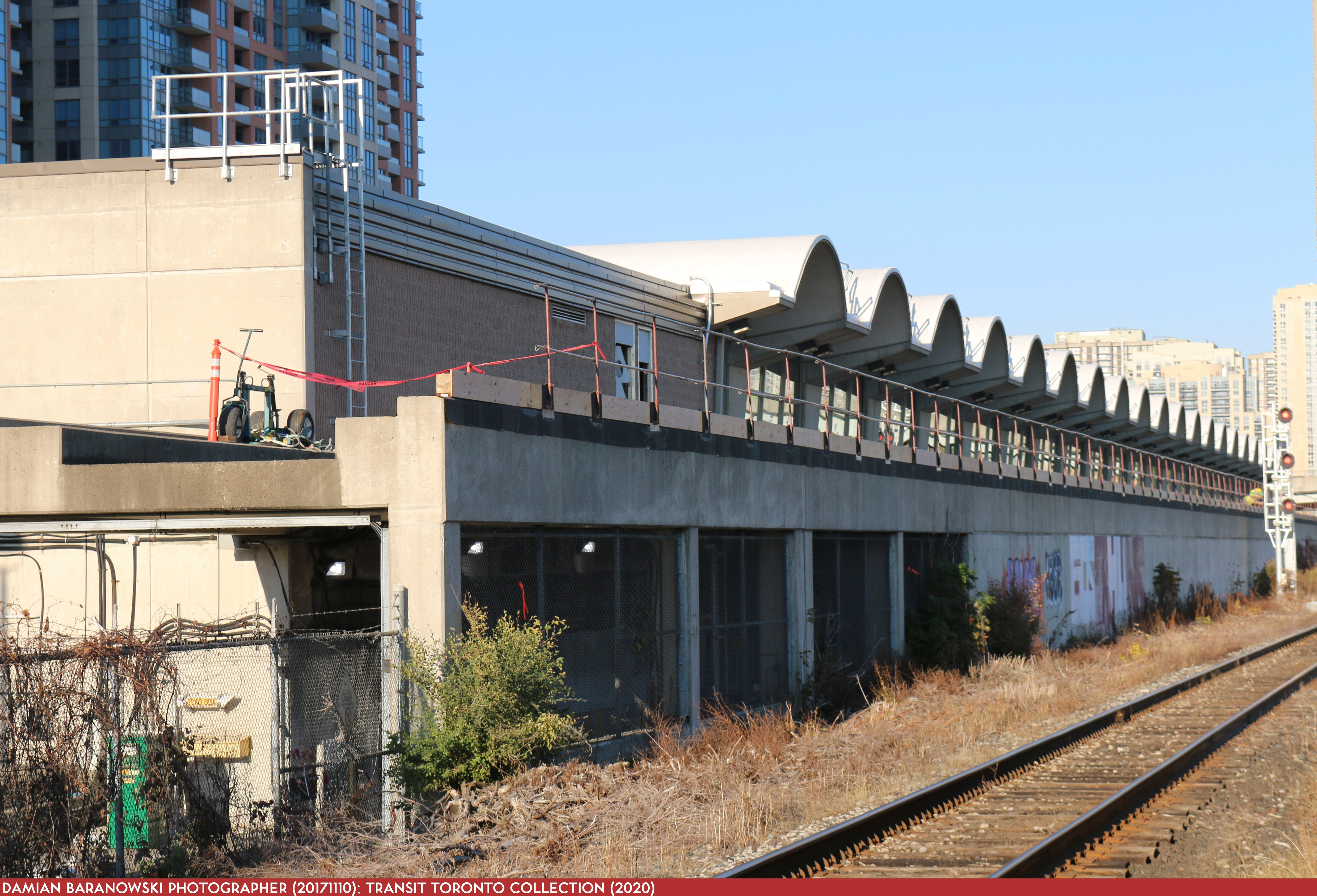 Bloor-Danforth Subway 00 Kipling 20171110 South Side Ediface